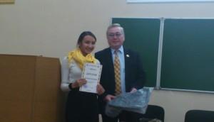 5. Вручение диплома  за II место в конкурсе НИР DSC_2788